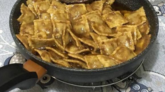 Ravioli al pistacchio con pesto alla siciliana