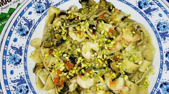 Tagliatelle al pistacchio e zucchine