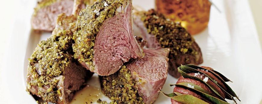 Cotolette d'agnello in crosta di pistacchi